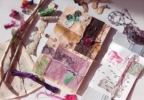Art Journal: Fertige Seiten und Zubehör